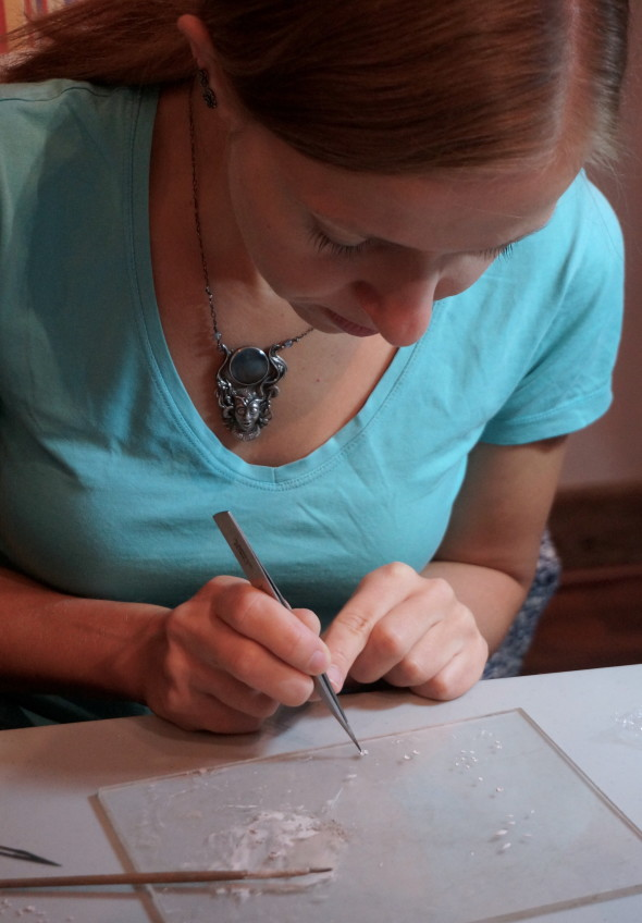 Anna uses a very simple set of tools to craft her magical and detailed pieces. Very impressive.