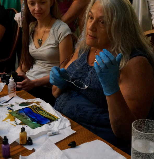 Lis-el Crowley demonstrates the unpredictable, totally freeing process of painting with alcohol inks.